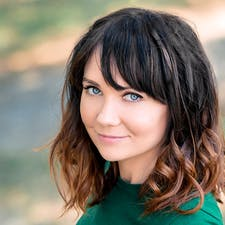 Freelancer Юлия Е. — Ukraine, Kyiv. Specialization — Content management, Copywriting