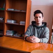Фрилансер Никита Ф. — Казахстан, Риддер (Лениногорск). Специализация — Обработка фото, Логотипы