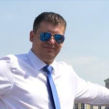 Замовник Антон З. — Росія, Москва.