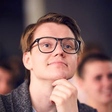 Freelancer Михаил Пеньевский — Script writing, Poems, songs, prose