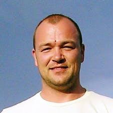 Client Максим О. — Ukraine.
