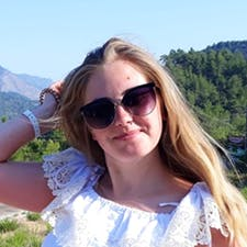 Freelancer Анна Р. — Ukraine, Kharkiv. Specialization — Website development, Website SEO audit