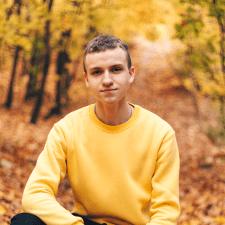 Freelancer Назар В. — Ukraine, Khmelnitskyi. Specialization — Python, Swift