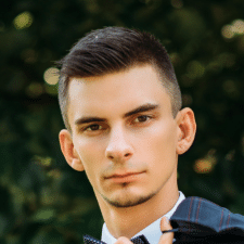 Freelancer Roman Tiukh — Python, JavaScript