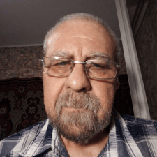 Фрилансер Виталий Л. — Украина, Днепр. Специализация — Копирайтинг, Рерайтинг