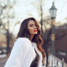 Freelancer Виктория Р. — Ukraine. Specialization — Naming and slogans, English