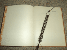 Закладка для книги, макраме