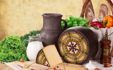 Звенигора твердый сыр Добродар