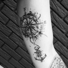 Тату роза ветров и якорь windrose and anchor