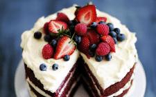 Где выбрать торт к празднику в Москве?