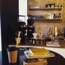 Кофейня в стиле лофт Buck Coffee Roasters