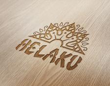 лого на доске для сёрфинга Helaku