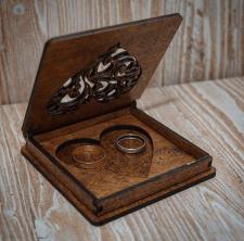 Шкатулка для весільних обручок