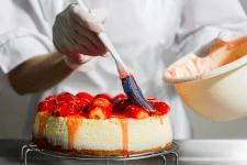Чем заменить муку и сахар при выпечке торта