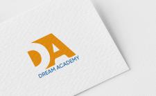 Логотип «DREAM ACADEMY»