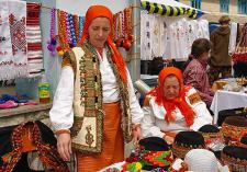 Народні барви ярмарку у Косові