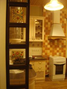 Квартира в стиле шале. Витраж.