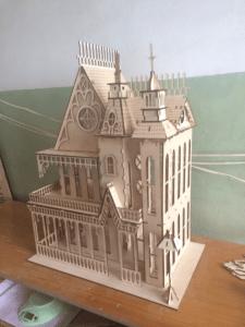 Замок - кукольный домик