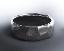 Кольцо камень