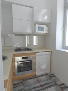 Визуализация маленькой кухни-студии (всего 4 м2)