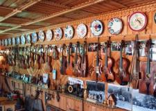 Музей гуцульського побуту у Верховині – музика сер