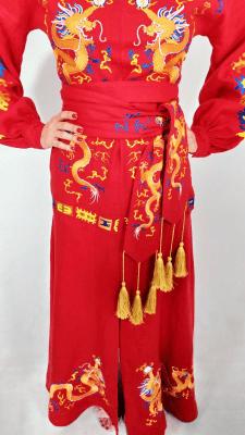Машинная вышивка на платье
