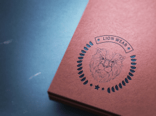Logo Lion Wear