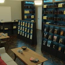 Визуализация и дизайн интерьера книжного магазина