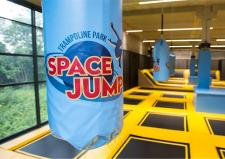 Логотип Space Jump - фото с парка развлечений