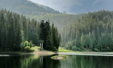 Стаття про озеро Синевир