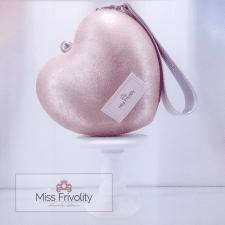 Варианты логотипа для дизайнера сумок(продается)