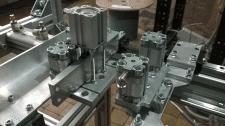 роботы, шаговые двигатели, пайка солнечных панелей
