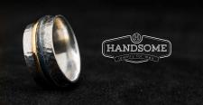 Логотип «Handsome»