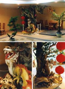 """Скульптурная композиция """"Дракон"""" в корейском ресторане."""