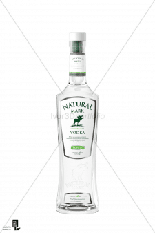 Бутылка водки Natural Mark