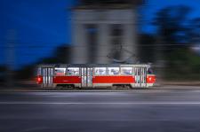 Трамвай в русі