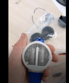 Часы на лампах с акселерометром.
