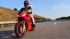 Мини-ролик про мотоциклиста