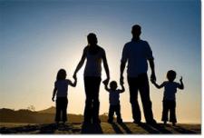 Семья — основа счастья любой девушки.