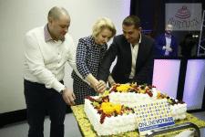 Нужен ли корпоративный торт