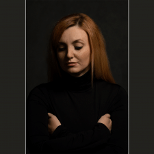 Художественный студийный портрет