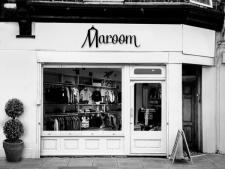 "Логотип питерского шоурума ""Maroom"""