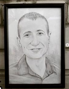 Портрет на форматі А4 + рамка та скло