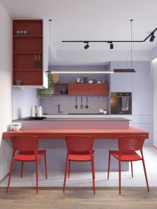 Зона кухни в ярких цветах