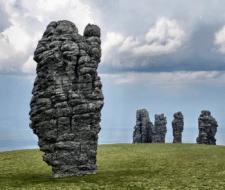 Идолы Маньпупунер - неземная архитектура