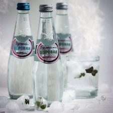 Новогодняя реклама минеральной воды