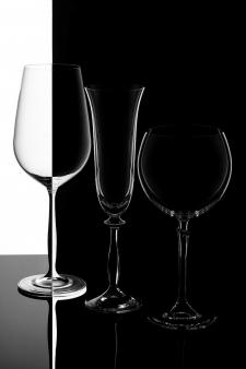 Рекламная фотосъемка бокалов для каталога