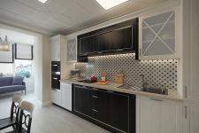 Кухня с элементами модерна и классики
