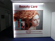Рекламный стенд Henkel
