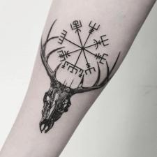 тату вегвизир tattoo vegvisir